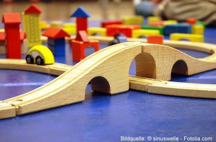 Natuerliches Holzspielzeug